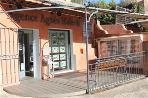 Le rayol Canadel : Estate Agents AGENCE AGNES MALECKI