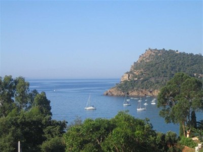 Le rayol Canadel : Residential Holiday Apartment RESIDENCE LE GOLFE BLEU